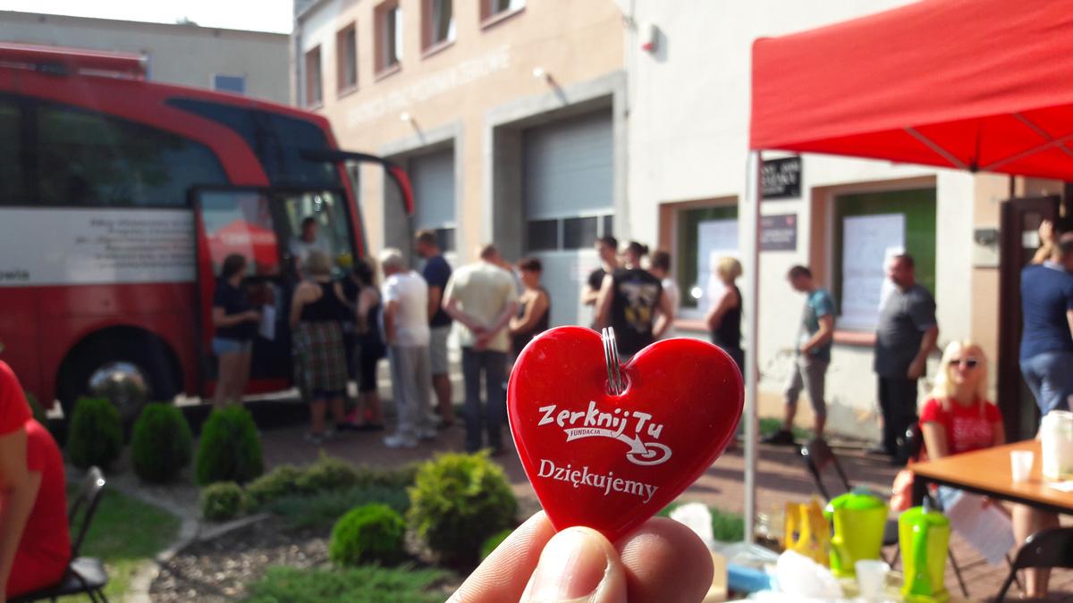 27,45 litrów krwi!!! Tyle udało się zebrać podczas zbiórki krwi wŻerkowie zorganizowanej przez Fundację Zerknij Tu